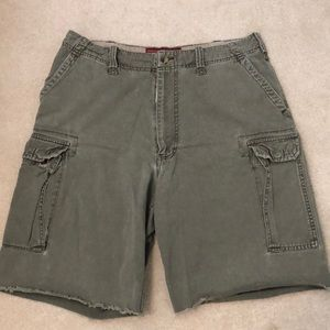 Abercrombie distressed military cargo shorts 36